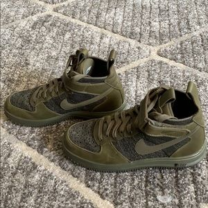 🐊NIKE Air Lunar Force 1, green (only worn once)🐊